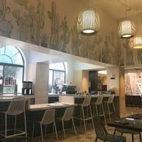 foto de restaurante truth & tonic. a canyon ranch cafe