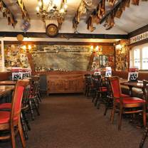 photo of woodies freehouse restaurant