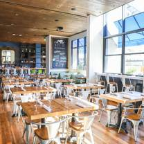 photo of zinburger wine and burger bar - scottsdale restaurant