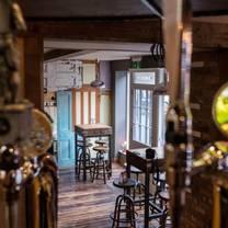 photo of the bulls head alton restaurant