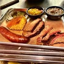photo of bray's smokehouse restaurant