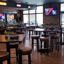 photo of streetcar grille & tavern restaurant