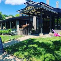 photo of station family + bbq restaurant
