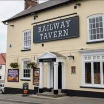 photo of railway tavern restaurant
