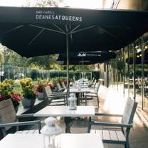 photo of deanes at queens restaurant