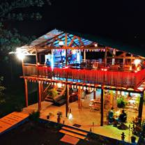 photo of the boathouse grill and bar restaurante restaurant