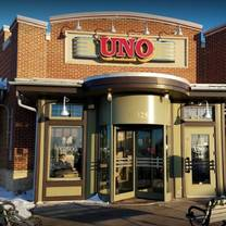 photo of uno pizzeria & grill - appleton restaurant