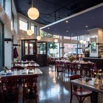 photo of ellie's restaurant