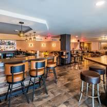 foto van tysons social tavern restaurant