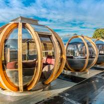 photo of pods at 1876 bar restaurant