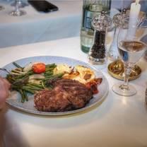 photo of le canard restaurant