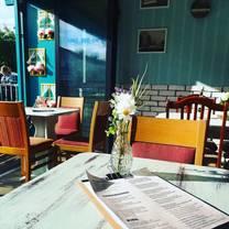 foto von hang out bar restaurant