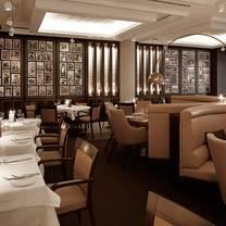 foto von theo's restaurant