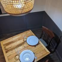 photo of chef david's cacio e pepe italian bistro restaurant