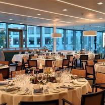 photo of ucd university club restaurant