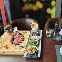 foto von the beef grill and bar restaurant