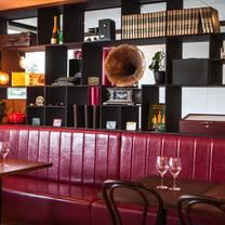 photo of hemingway's wine room - wine bar restaurant
