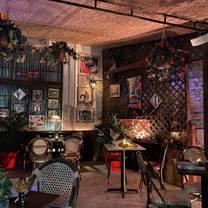 photo of havana vieja restaurant