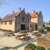 photo of the moorfields restaurant
