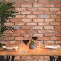 photo of potters restaurant