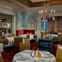 photo of restaurant r'evolution restaurant