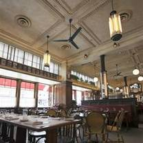 photo of le diplomate restaurant