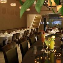 photo of la brochette kosher steakhouse restaurant
