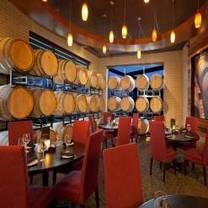 foto von cooper's hawk winery & restaurant - naperville restaurant