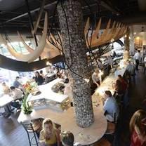 photo of jax fish house & oyster bar - glendale restaurant