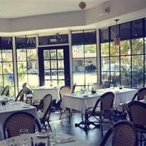 photo of bistro de la gare restaurant