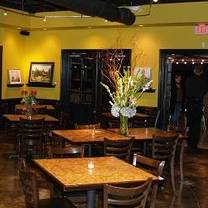 photo of russell's bistro restaurant