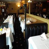 photo of essy's carriage house restaurant
