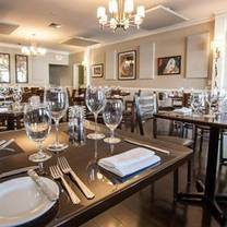 photo of poached pear bistro restaurant