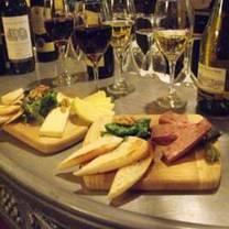 photo of bistro de paris restaurant