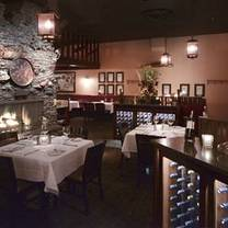 photo of ringside steakhouse - uptown restaurant