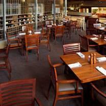 photo of hennen's restaurant