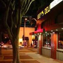 photo of izzy's deli restaurant