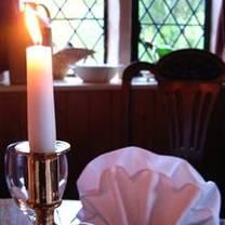 foto van the dering arms restaurant
