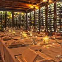 photo of wine 30 restaurant