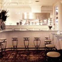 photo of alexander's on 30th restaurant