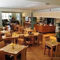 foto de restaurante grasshopper