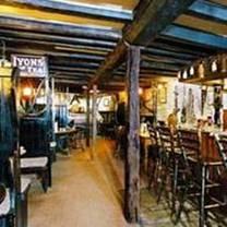 photo of the compasses inn restaurant