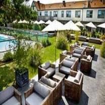 photo of backyard restaurant @ solé east restaurant