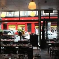 photo of roastit bubbly jocks restaurant