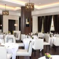 photo of the ledbury restaurant