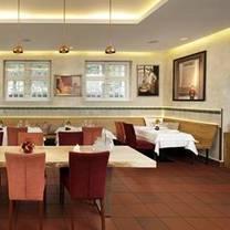 photo of altes zollhaus berlin restaurant