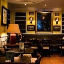 foto von the victorian house am viktualienmarkt restaurant