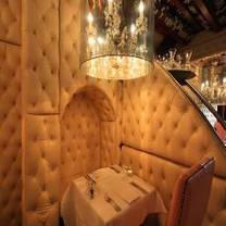 photo of crazy bear stadhampton - english restaurant restaurant