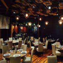 foto de restaurante entre fuegos - satélite