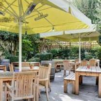 photo of the rose fulham restaurant